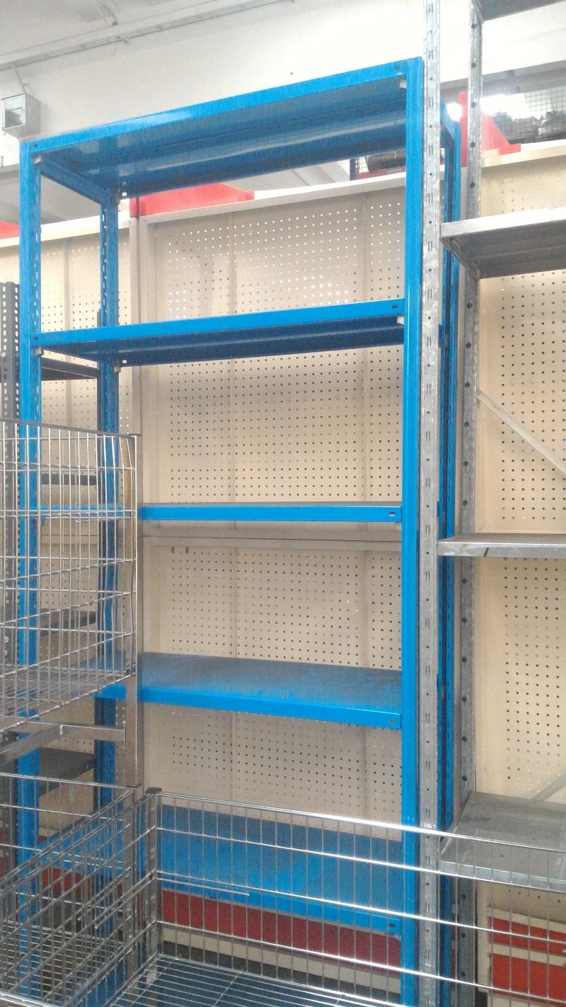 Vendita scaffali 28 images scaffali nuovi e usati for Arredamenti per negozi usati seminuovi